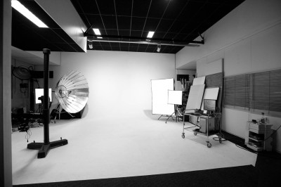 De rondwand of limbo in de studio van Fotografie Gerhard Witteveen